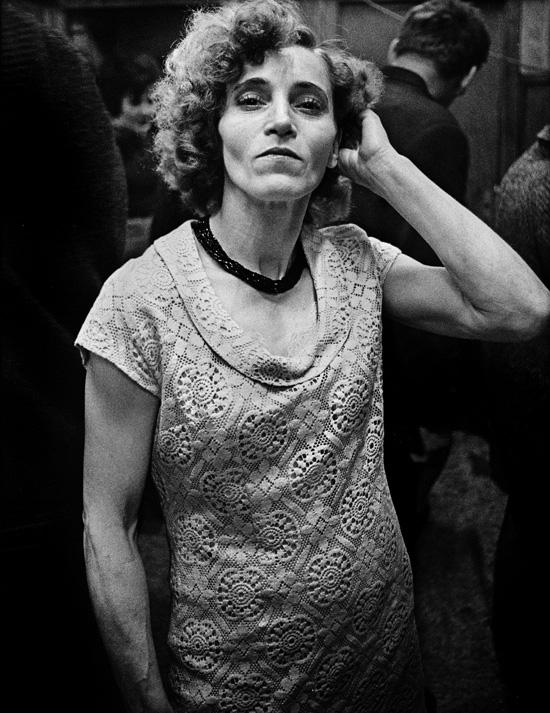 Anders Petersen. Marlene, Café Lehmitz, Hamburg, 1970