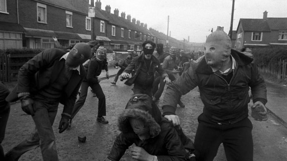 Yan Morvan. Belfast, Northern Ireland, 1981. Bobby Sand's hunger strike - riots against the British army after the death of the catholic hero.